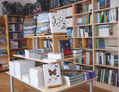 Bokutstilling fra vårt lagersalg på Borhaug.